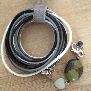 Nieuwe pimps & pearls armband en bedel