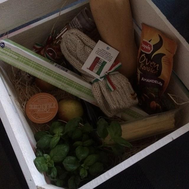 Krat vol Italiaanse producten