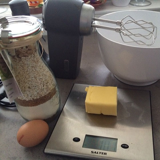 koekjes bakken spullen klaar zetten