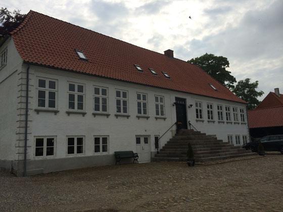 hoofdgebouw B&B Juhl