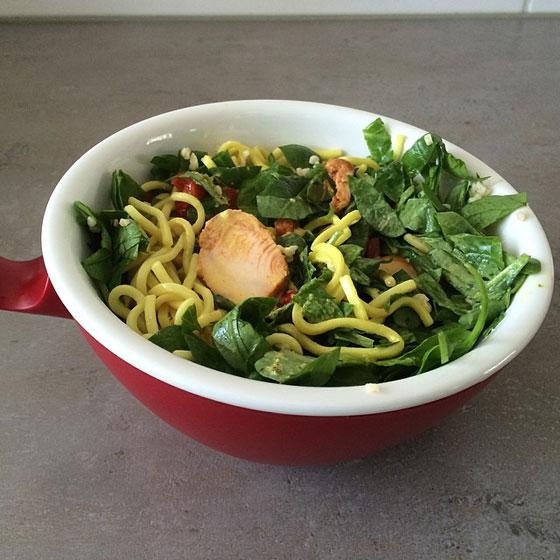 kip noodles salade appie to go