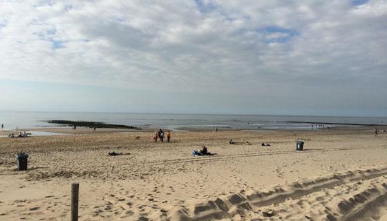 Best druk op het strand