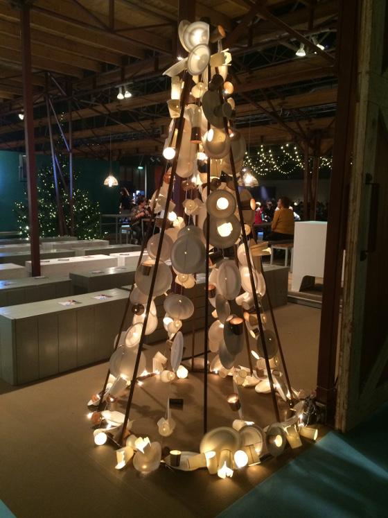 kerstboom met bordjes