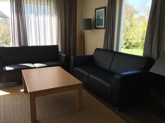 Op vakantie naar Texel! Landal beach park woonkamer 127