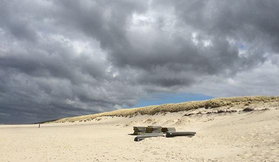 Wandeling De Muy op Texel betonplaten strand