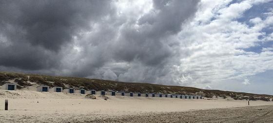 Wandeling De Muy op Texel strandhuisjes paal 21