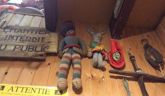 Juttersmuseum en Oorlogs- en Vliegtuigmuseum speeltjes