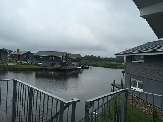Ploggen 13 Juli 2015: Op vakantie naar Terherne uitzicht huisje 413 Landal Sneekermeer