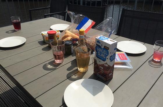 Ploggen 16 Juli 2015: Zonnig Dagje in Terherne lunch