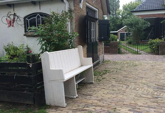 Ploggen 17 Juli 2015: Grou en Wandelen bij Sneekermeer kerkbankje