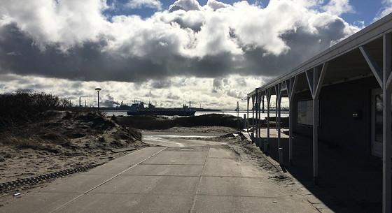 Ploggen 7 Maart 2016: Strandhuisjes van Landal Beachvilla's aankomst