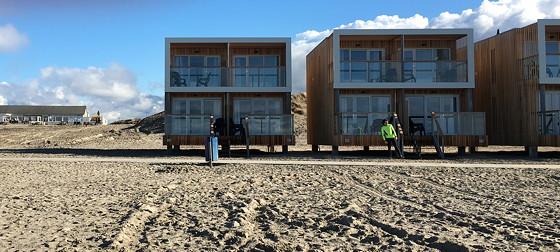 Ploggen 7 Maart 2016: Strandhuisjes van Landal Beachvilla's voorkant