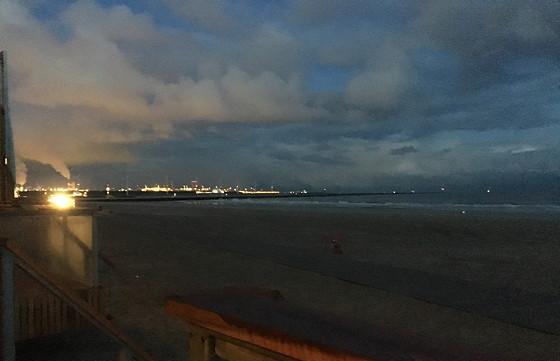 Ploggen 8 Maart 2016: Rondje Hoek van Holland en Bunkers in de duinen drukte Maasvlakte