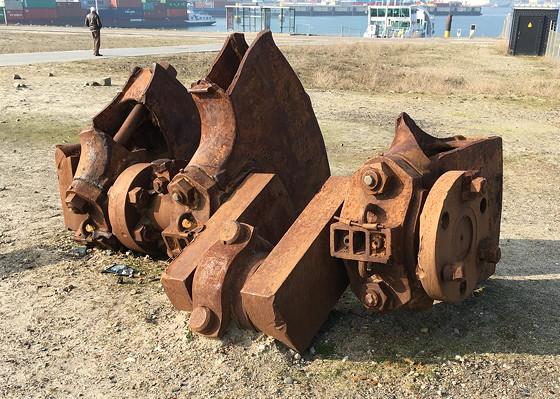 Ploggen 11 Maart 2016: Bezoek Futureland en Rondvaart Maasvlakte 2 vondsten uit de zee