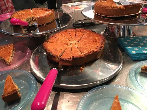 Culiperslunch 2016 taarten hema