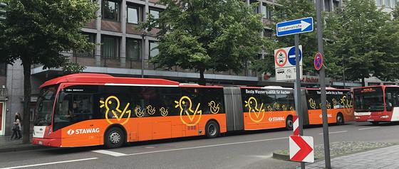 Met de bus naar Aken bus