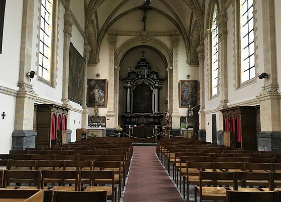 Shoppen in België en Bezoek Alden Biesen kerk