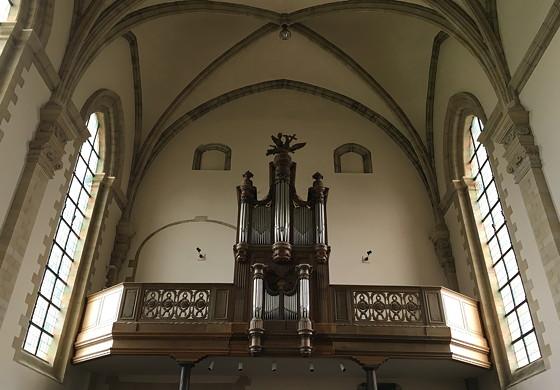 Shoppen in België en Bezoek Alden Biesen orgel