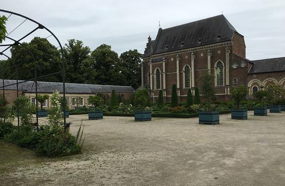 Shoppen in België en Bezoek Alden Biesen