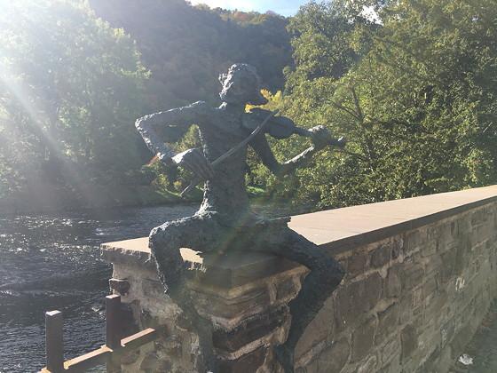 Ploggen 15 Oktober 2016: naar Heimbach beeldje violist