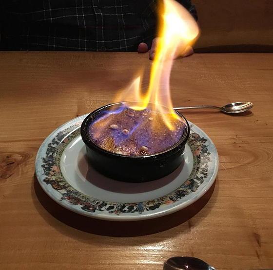dessert flambeer